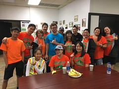 Maui Electric at Adopt-a-Highway Puunene Ave – Nov. 17, 2018: Rise and shine! These volunteers woke up early and were ready to help the community.