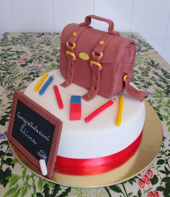 Cake by Dolce Lina