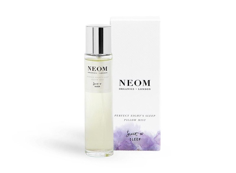 Lookfantastic x NEOM Organics Limited Edition Beauty Box - наполнение perfect-night_s-sleep-pillow-mist-and-box_1_1