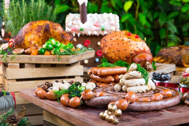 Hotel Jen Orchard Gateway Festive Sausage Platter