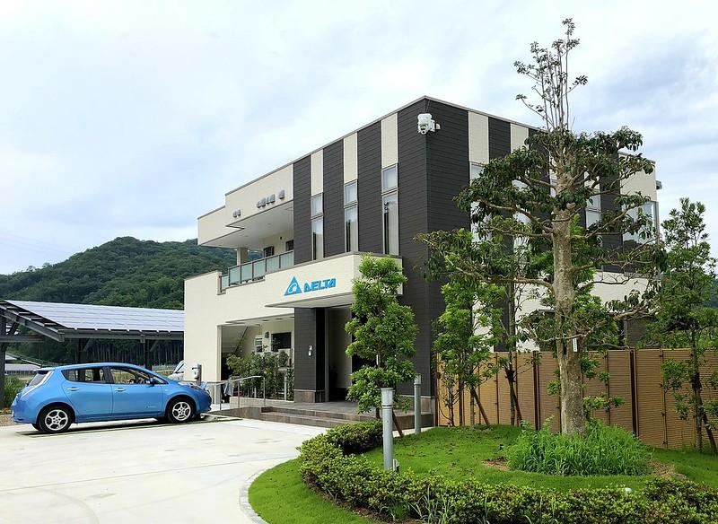 台達多項節能方案應用於日本台達赤穂節能園區綠建築,達到平均節能33.8%,成功取得LEED CI黃金級認證,並於能源項目獲得滿分。圖片提供:台達電子
