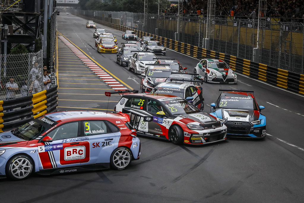 Start race 1 during the 2018 FIA WTCR World Touring Car cup of Macau, Circuito da Guia, from november  15 to 18 - Photo Francois Flamand / DPPI