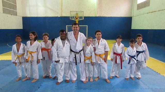 Troca de faixa do Karate
