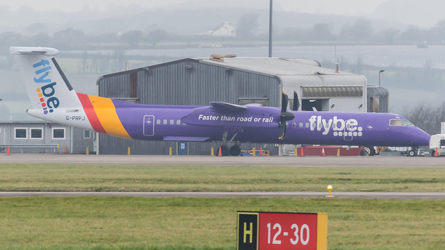 G-PRPJ - Flybe q400 @ Cardiff Airport 28/12/18