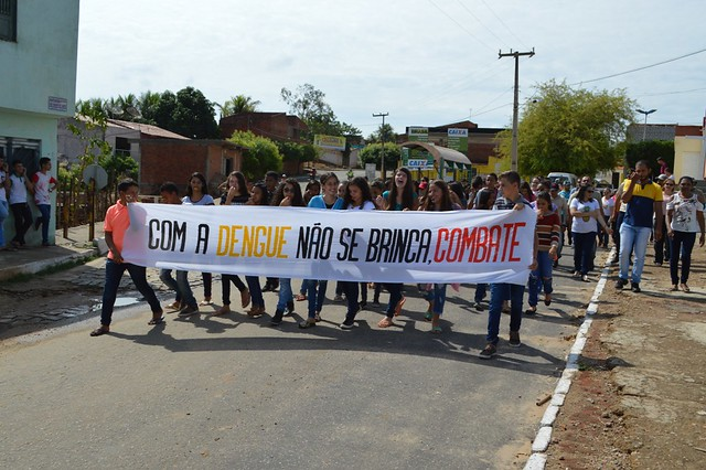 'Dia D de Mobilização Nacional de Combate ao Aedes Aegypti' é celebrado com caminhada em Aurora