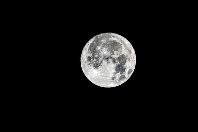 The last full moon, Sony SLT-A77V, Sony 70-400mm F4-5.6 G SSM II (SAL70400G2)
