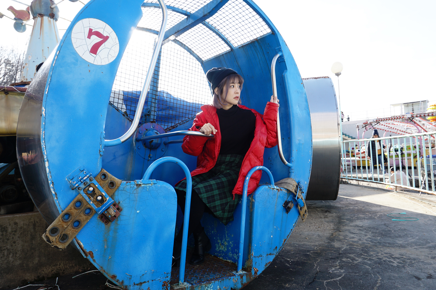 Yongma_Land_Abandoned_Amusement_Park_Seoul_Korea_Photoshoot_9