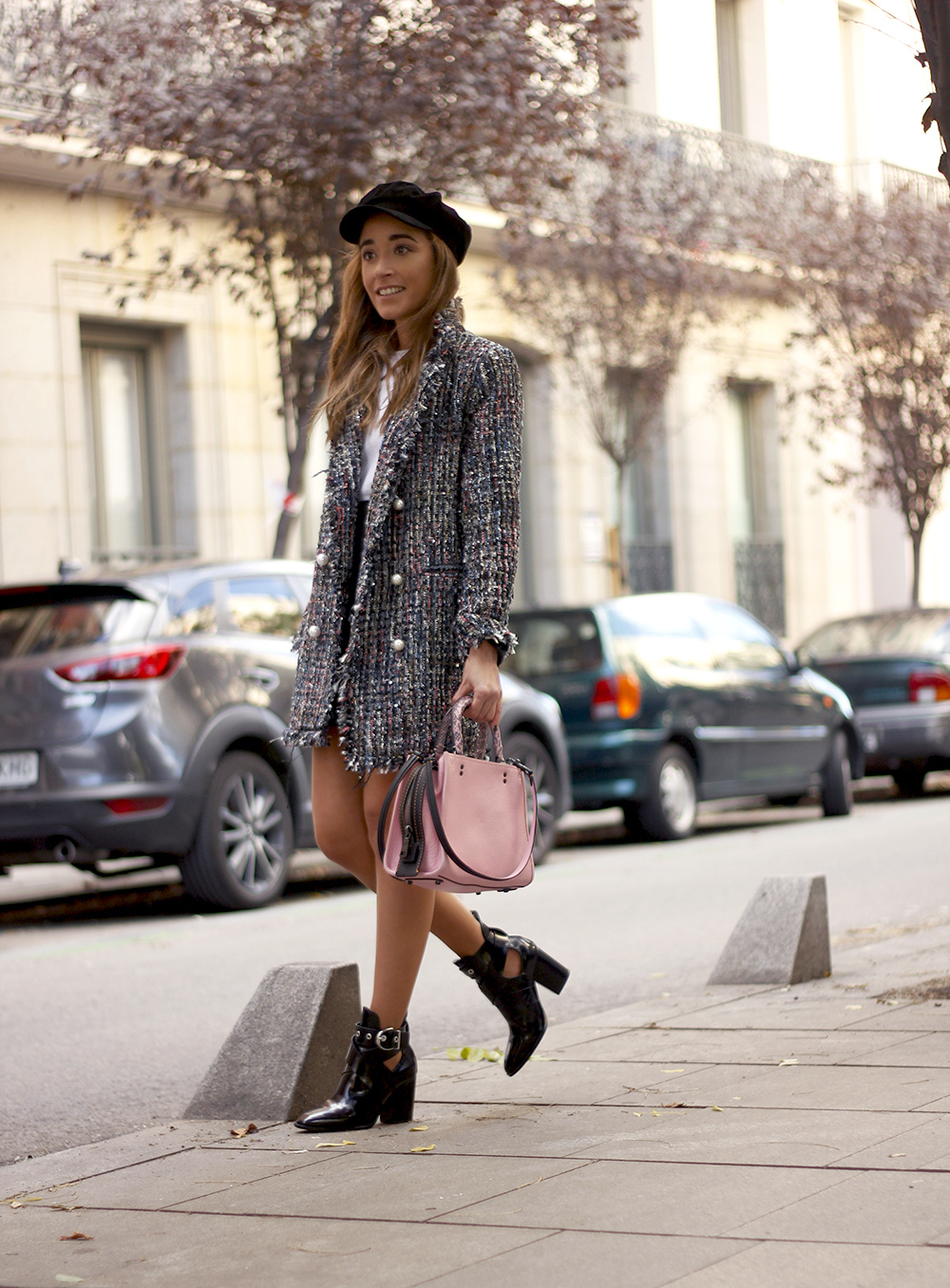 tweed coat black boots pick coach bag street style fall outfit 20185026