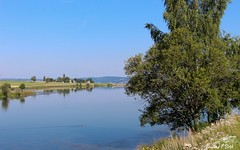 Le Petit Lac de Naussac (Lozère)