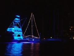 23-marcochristmastreeboat