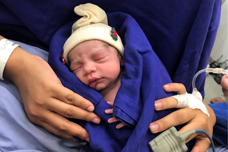 1st-baby-born-using-uterus-transplanted-from-deceased-donor__847969_