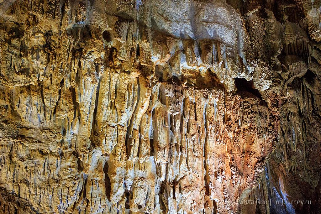 Одна из красивейших пещер Крыма: Мраморная