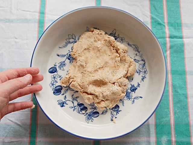 Песочный пирог с вареньем по Лизиному рецепту с овсянкой и специями | HoroshoGromko.ru
