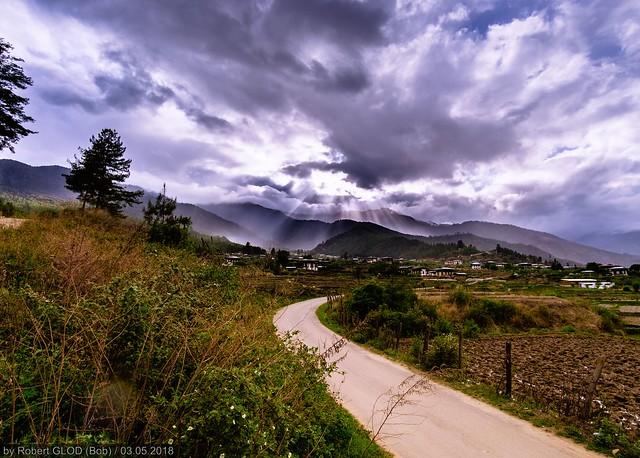 Paro - Countryside walk, Fujifilm X-E2, Samyang 12mm f/2 NCS CS