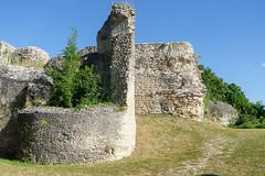 00135 Ancien château fort d'Ivry-la-Bataille - Photo of Neauphlette