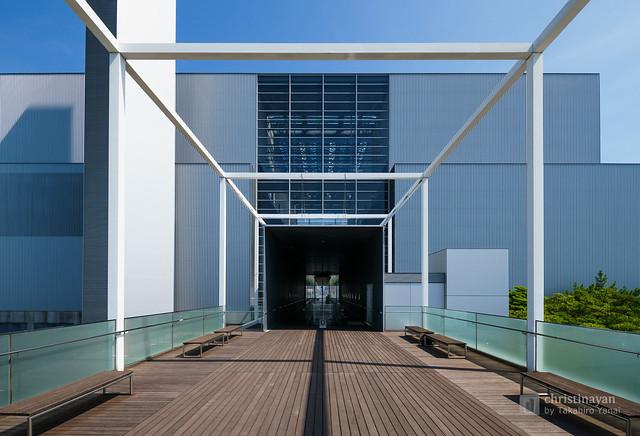 Exterior view of Hiroshima Environment Bureau, Naka Incineration Plant (広島市環境局 中工場)
