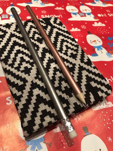 Crafting in November and December 2018. Read all about it on my award-winning blog EvinOK.com
