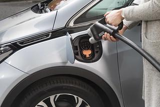 Intelligente Ladestationen bei Opel