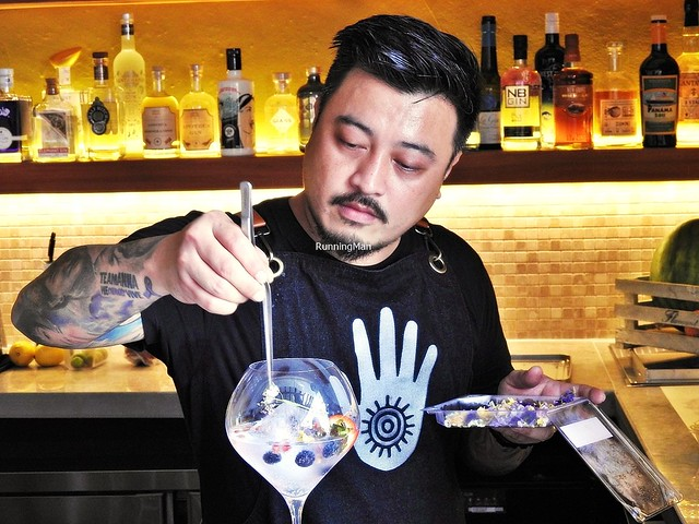 Mixologist Chris Alvarez Making Cocktails