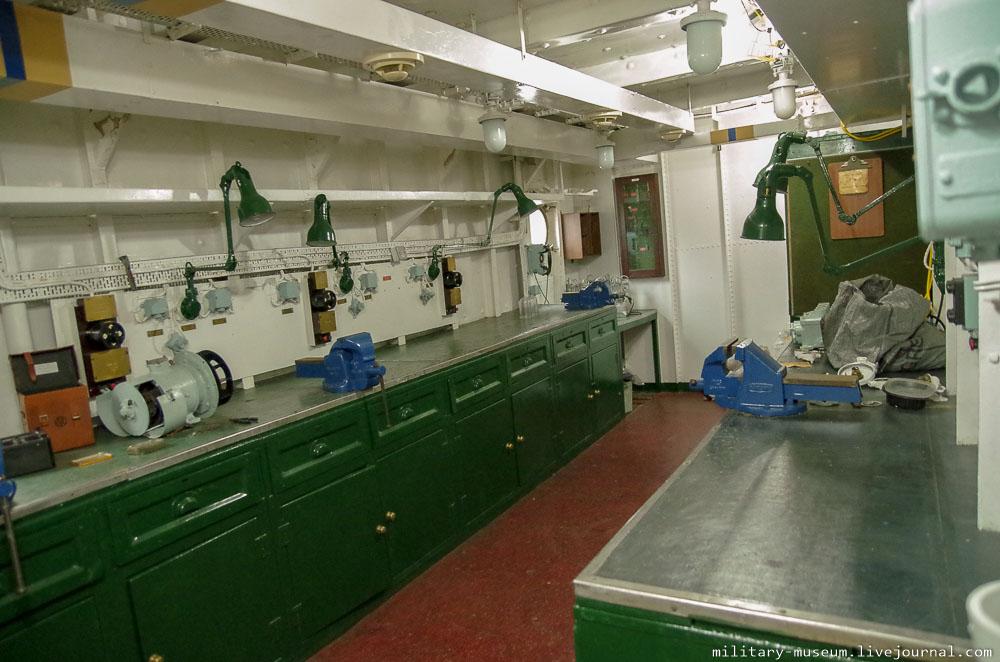 HMS Belfast-68
