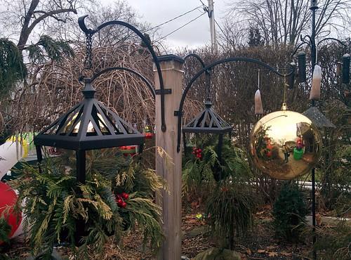 Chris and Adam's decorations (3) #toronto #etobicoke #longbranch #holidays #christmas #frontyard #latergram