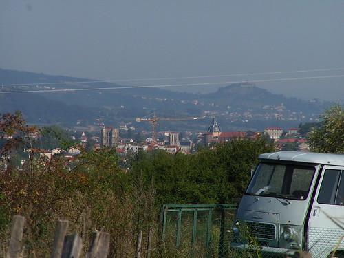 20080831 28682 1001 Jakobus Wiese Weite Hügel Häuser Auto