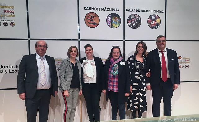 Imagen de la Junta Directiva de AESOMAR en el XV Congreso del Juego de Castilla y León