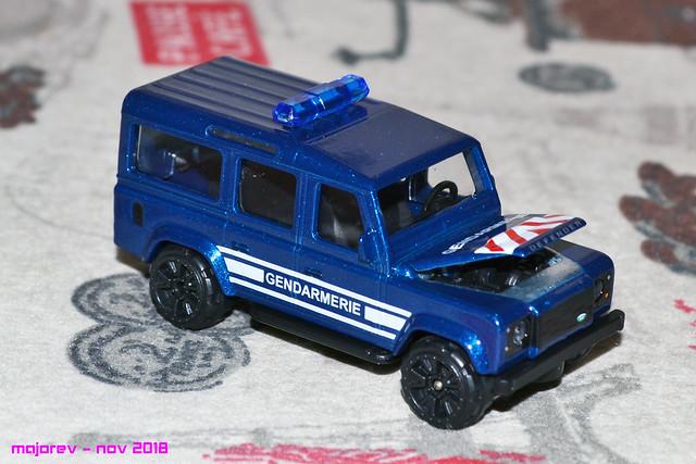 N°266B - Land Rover Défender 110 45062468425_fd1df00357_z