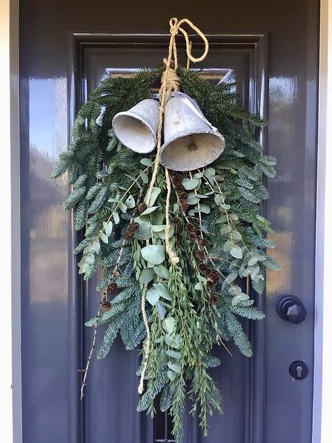 Kersttoef voordeur landelijk