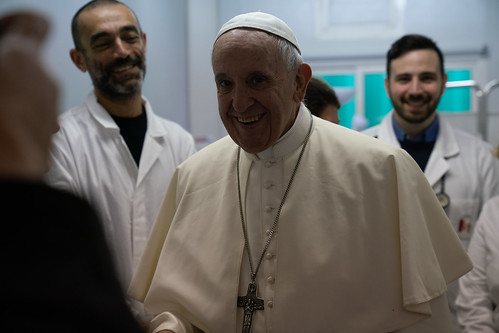 2018-11-16 PCPNE Pope Francis visits Medical Centre