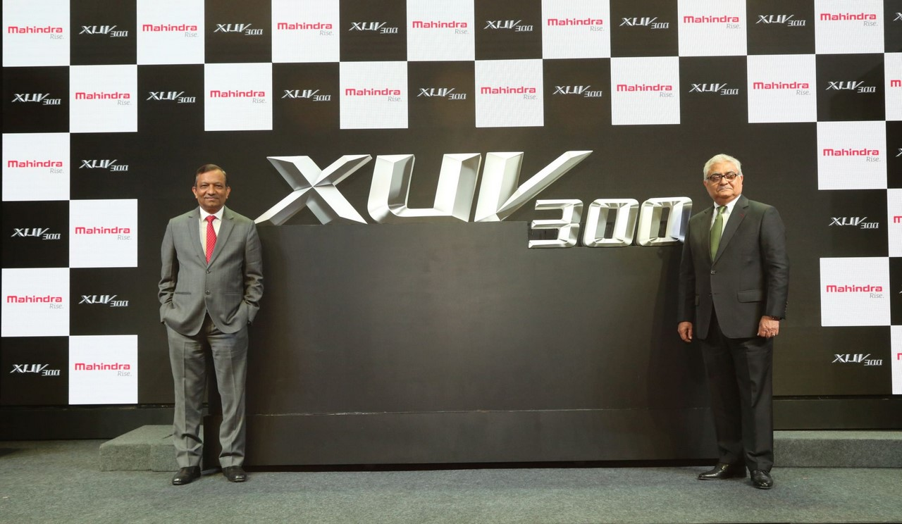 XUV300 Name Reveal - Picture 02 (Copy)