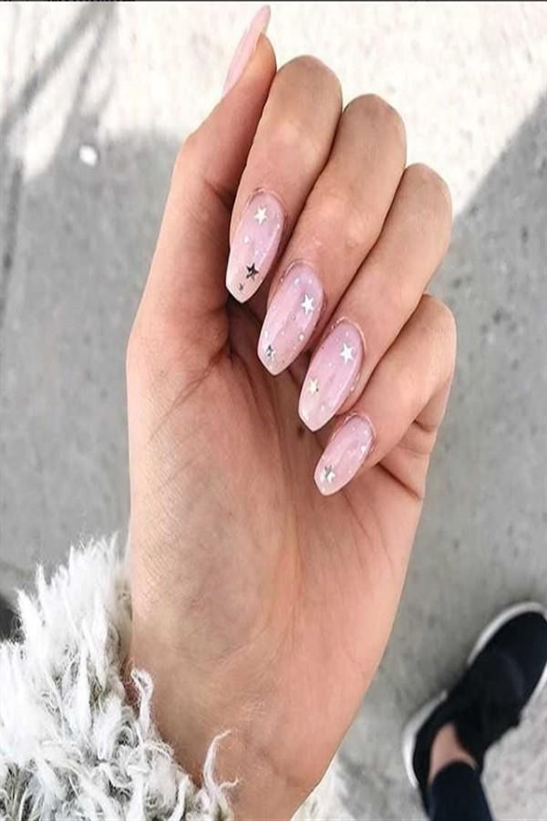 33+ Majestic Stars Nail Art Design Ideas #Christmas_nails #Christmas_nail_art #stars_nails #nail_art_designs #winter_nails