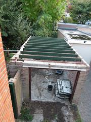 Planken van dak garage verwijder, 1 oktober 2018