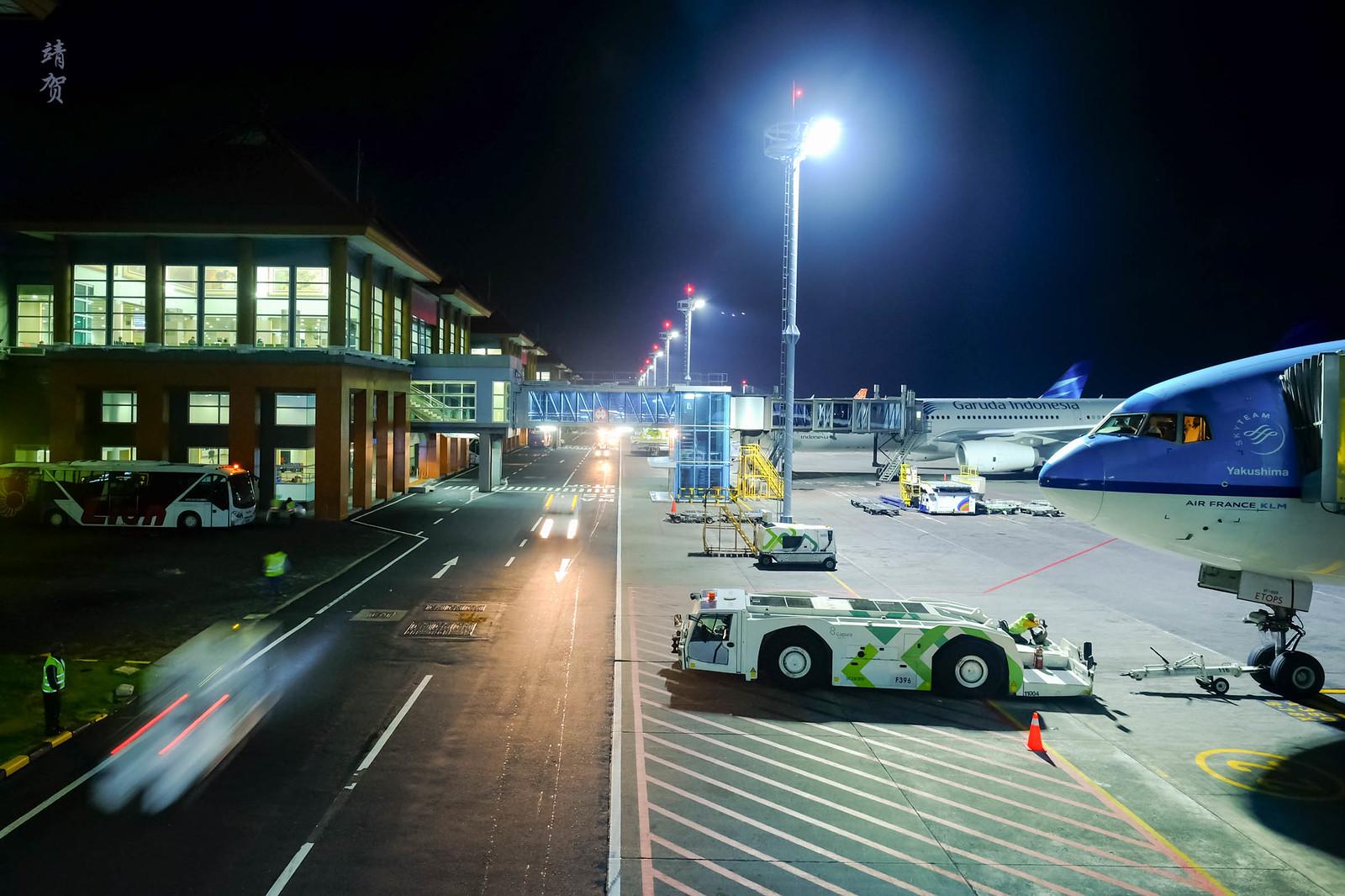 KLM 777-300ER at DPS