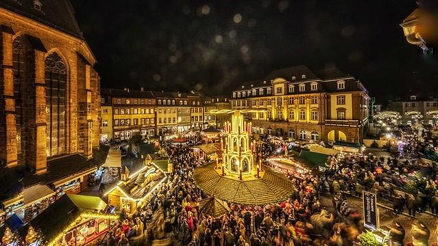 Weihnachtsmarkt - Deutschland - HEIDELBERG - Marktplatz-01