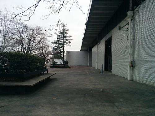Corner #toronto #exhibitionplace #princesblvd #princesboulevard #whote #bricks #winter #grey #gray