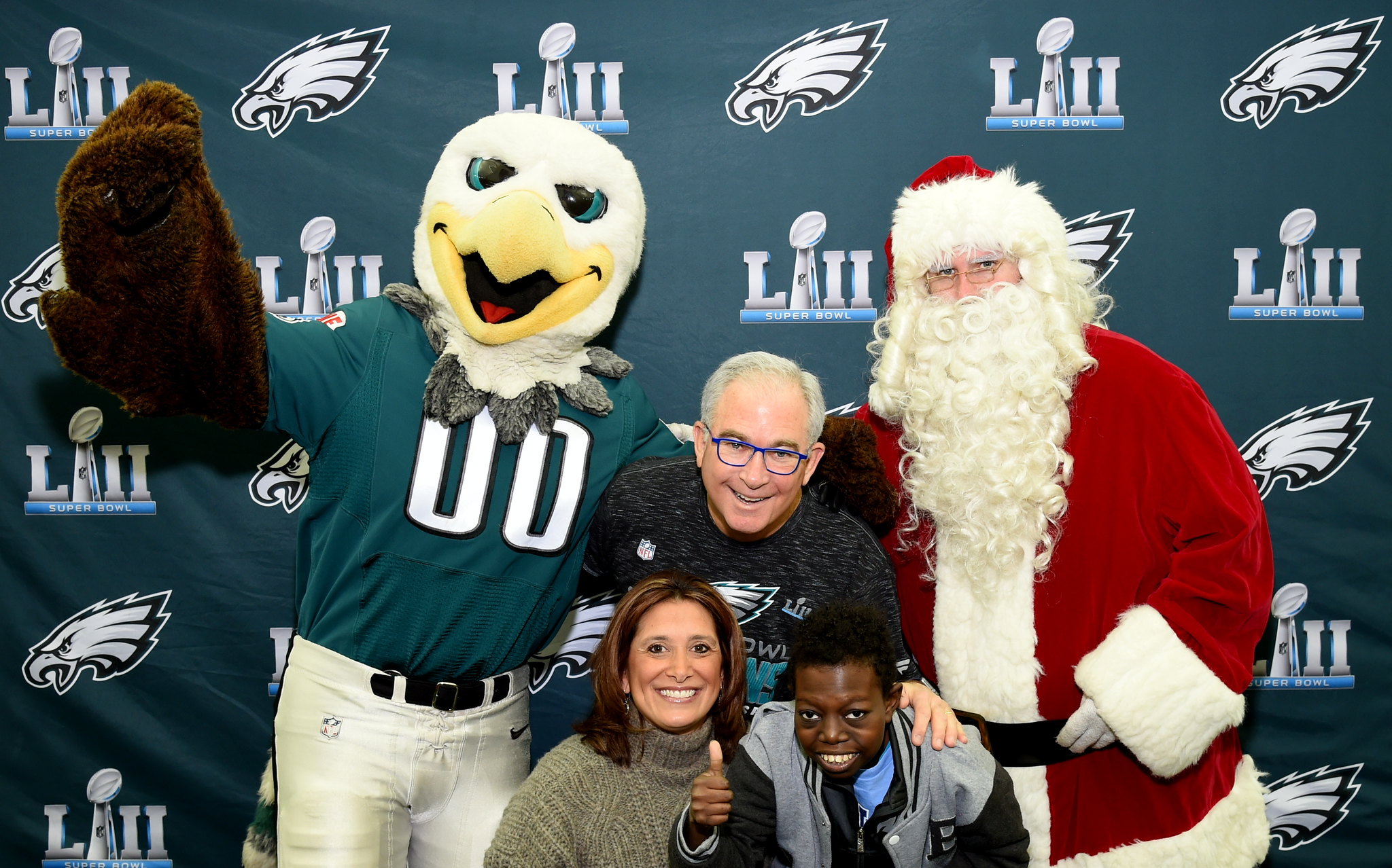 The Barkann Foundation's Holiday Hearts Holiday Party Hosted by the Philadelphia Eagles!