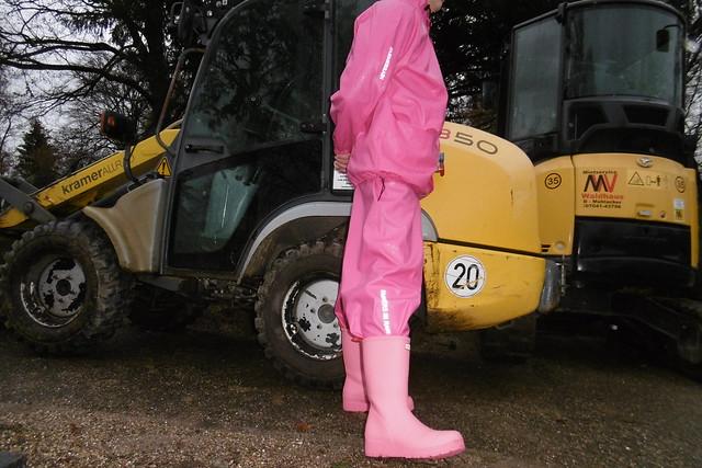 pink and yellow, Panasonic DMC-SZ10