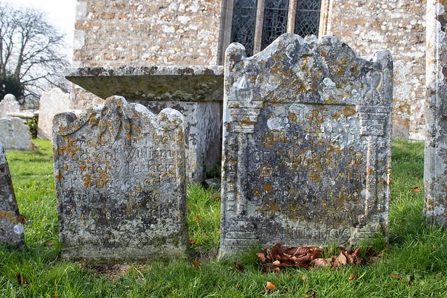 Damara Roberts headstone, Litton Cheney