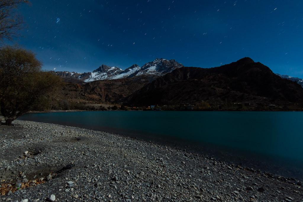 Вечерний Искандеркуль. Таджикистан 2018. Солнце, замерз, вечером, поздно, съемки, дрожи, яркая, увидишь, смотрел, Когда, такое, пошел, очень, выглядит, склон, подсветив, Будет, небольших, серий, красиво