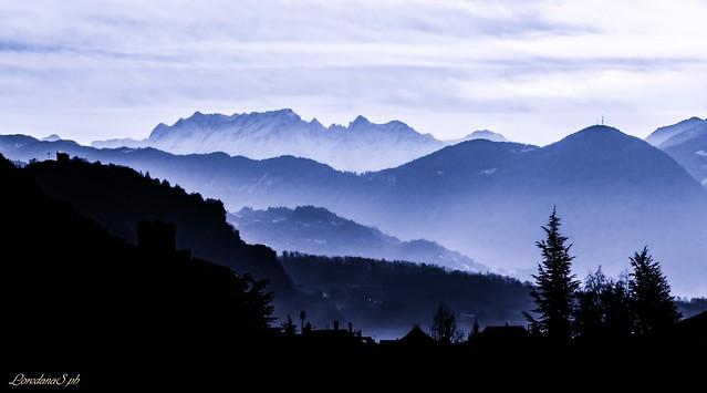 Sunrise in blue, Canon EOS 700D, Tamron 16-300mm f/3.5-6.3 Di II VC PZD Macro