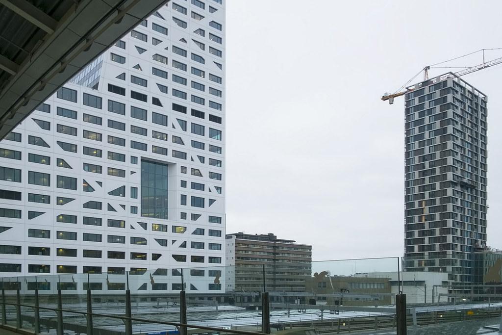 Stadsplateau en Utrecht CS entree. 000