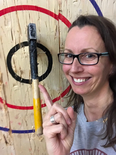 Axe throwing Ottawa