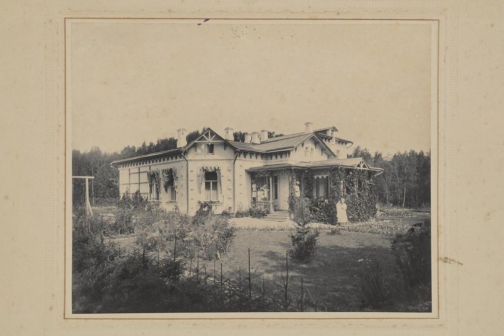 1903. Михайловское. Флигель