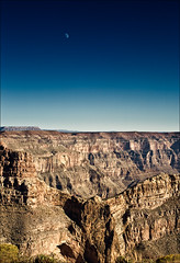 grand-canyon_eagle-point_moon_tall_highcon_01_8773175155_o