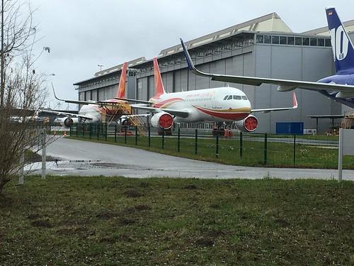 8597 Airbus A320-214SL D-AUAH & 8439 D-AUBO Chengdu Airlines