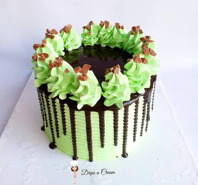 Cake by Drips n Cream