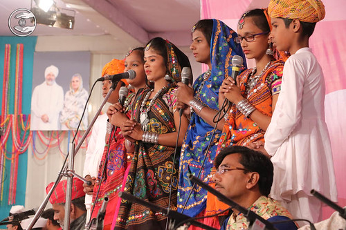 Devotional song by Ganga and Saathi from Bhilwara