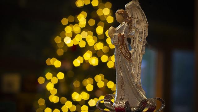 Angelic bokeh- Merry Christmas everyone!