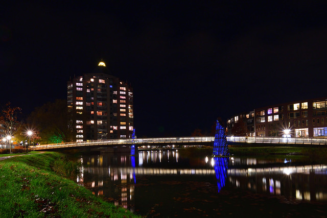 Apeldoorn (NL) at night - Residential tower